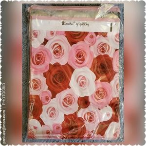 25 (10x13) Designer Mailers Roses Poly Mai…